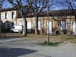 Cour de la salle paroissiale, ancienne école des Frères de la Doctrine Chrétienne.